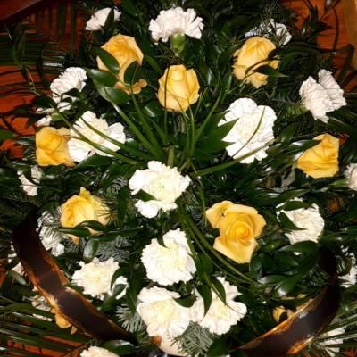 wieniec pogrzebowy Mirander